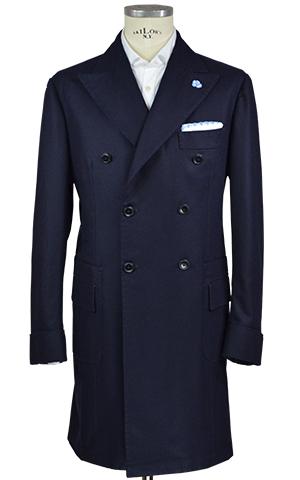 """d17ce0555fb36 Il cappotto """"a mappina"""" è concepito con la stessa filosofia della giacca"""